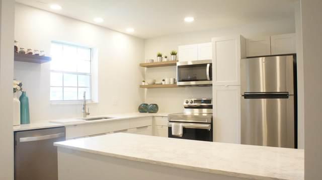 572 Laconia Circle, Lake Worth, FL 33467 (#RX-10730115) :: DO Homes Group