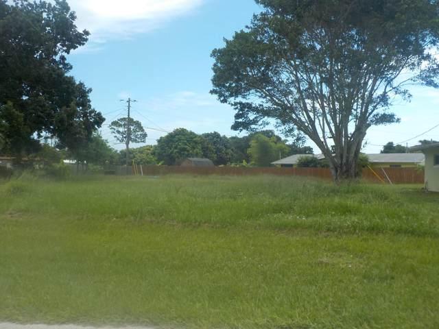 305 Bay Street, Port Saint Lucie, FL 34952 (#RX-10730186) :: Heather Towe | Keller Williams Jupiter