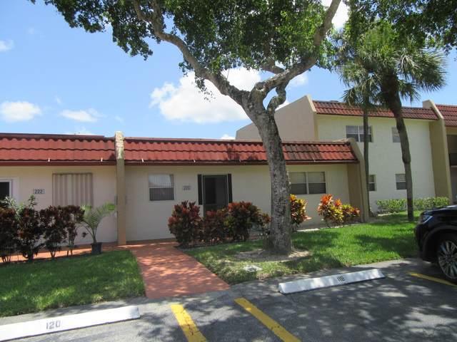 220 Lake Frances Drive, West Palm Beach, FL 33411 (#RX-10730279) :: Dalton Wade