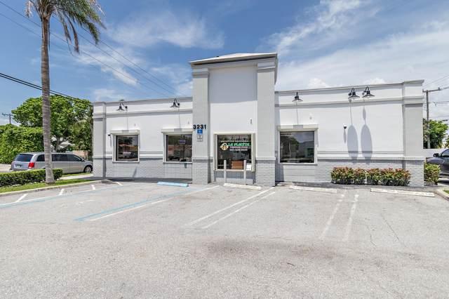 3231 S Dixie Highway, West Palm Beach, FL 33405 (MLS #RX-10730979) :: Castelli Real Estate Services