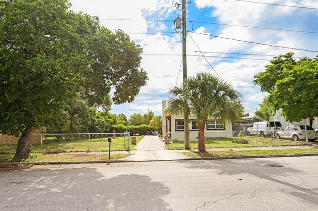 3818 Greenwood Avenue, West Palm Beach, FL 33407 (MLS #RX-10731168) :: Castelli Real Estate Services