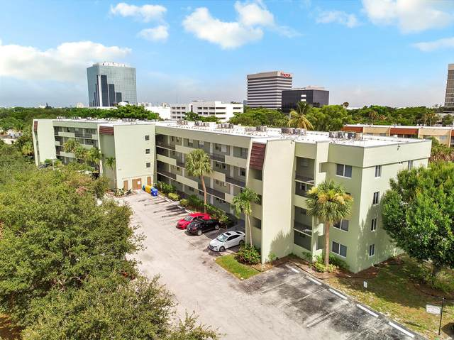 1638 Embassy Drive #307, West Palm Beach, FL 33401 (#RX-10731444) :: The Reynolds Team | Compass