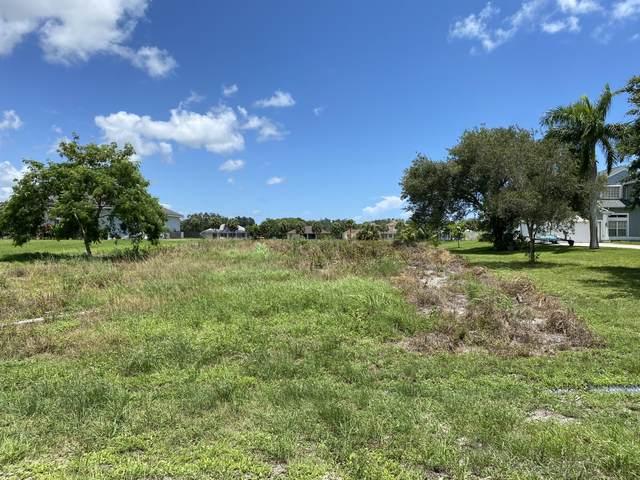 2740 SE Eagle Drive, Port Saint Lucie, FL 34984 (#RX-10732133) :: The Rizzuto Woodman Team