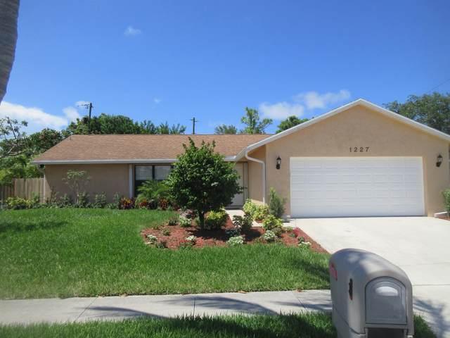 1227 Palama Way, Lantana, FL 33462 (MLS #RX-10732199) :: Berkshire Hathaway HomeServices EWM Realty