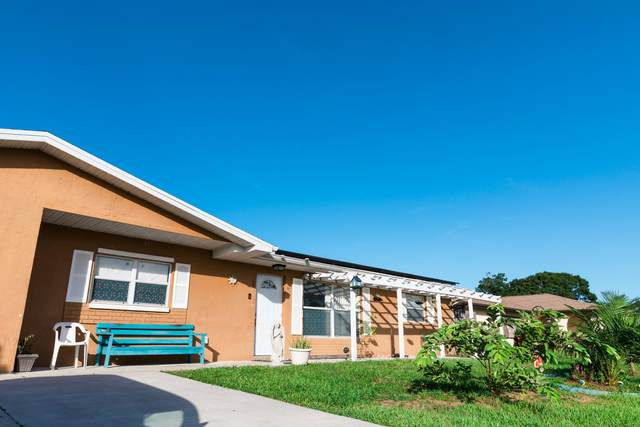 435 SE Asbury Lane, Port Saint Lucie, FL 34983 (#RX-10732236) :: Michael Kaufman Real Estate