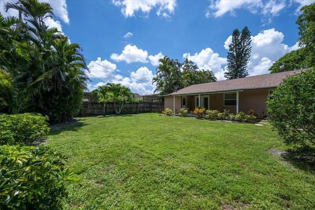 7483 Overlook Drive, Lake Worth, FL 33467 (#RX-10732599) :: Treasure Property Group