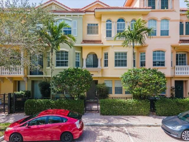 2449 San Pietro Circle, Palm Beach Gardens, FL 33410 (#RX-10732832) :: Dalton Wade