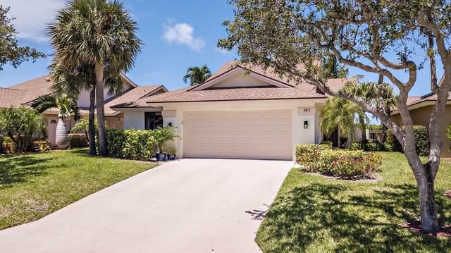 197 Ridge Road, Jupiter, FL 33477 (#RX-10732833) :: Dalton Wade