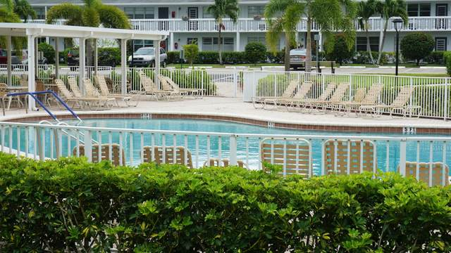 2063 Oakridge F, Deerfield Beach, FL 33442 (#RX-10733042) :: DO Homes Group
