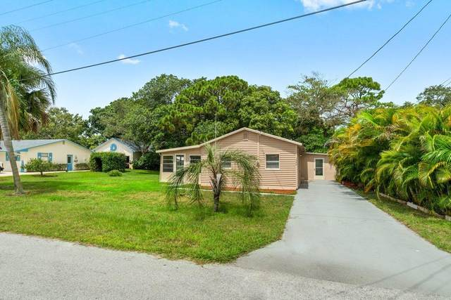 1340 NW Antoch Avenue, Stuart, FL 34994 (#RX-10733195) :: The Rizzuto Woodman Team