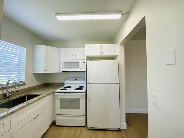 272 Chatham N, West Palm Beach, FL 33417 (MLS #RX-10733226) :: Castelli Real Estate Services