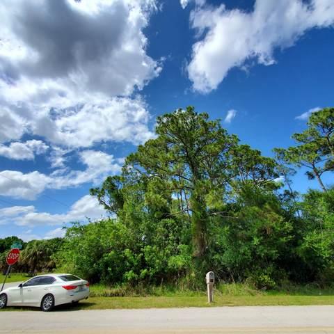 8408 Winter Garden Parkway, Fort Pierce, FL 34951 (#RX-10733365) :: The Rizzuto Woodman Team
