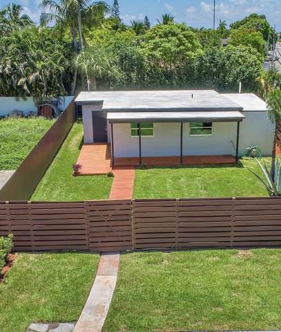 438 El Prado, West Palm Beach, FL 33405 (MLS #RX-10733389) :: Dalton Wade Real Estate Group