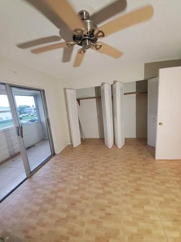 231 Dorchester J, West Palm Beach, FL 33417 (#RX-10733420) :: The Rizzuto Woodman Team