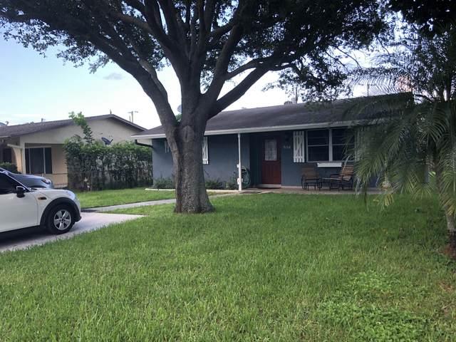532 Jennings Avenue, Greenacres, FL 33463 (MLS #RX-10733427) :: The Teri Arbogast Team at Keller Williams Partners SW