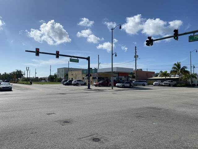 2510 Broadway, West Palm Beach, FL 33407 (MLS #RX-10733553) :: Berkshire Hathaway HomeServices EWM Realty