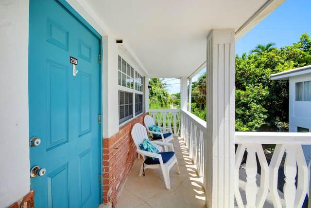 5505 N Ocean Building 11 Boulevard #209, Ocean Ridge, FL 33435 (#RX-10734038) :: Posh Properties
