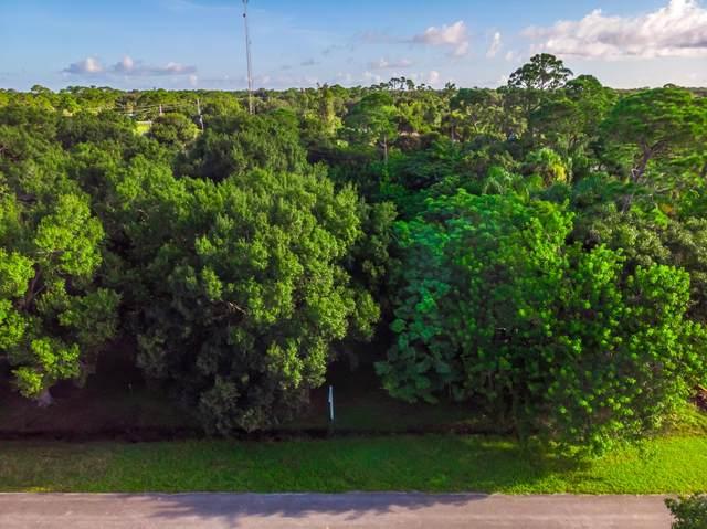 7604 Laguna Road, Fort Pierce, FL 34951 (#RX-10734102) :: Posh Properties