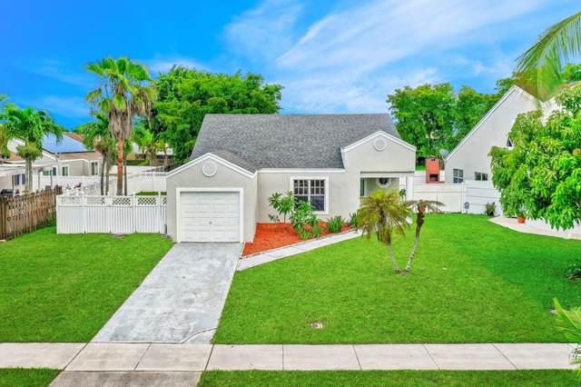 8379 Dynasty Drive, Boca Raton, FL 33433 (MLS #RX-10734105) :: Miami Villa Group