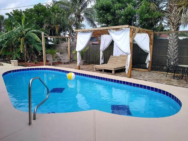 1624 W Breezy Lane, West Palm Beach, FL 33417 (MLS #RX-10734112) :: Miami Villa Group