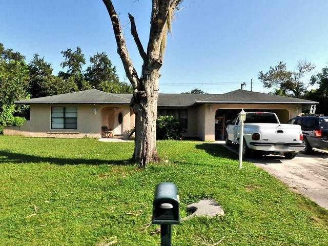 7904 Penny Lane, Fort Pierce, FL 34951 (#RX-10734166) :: The Rizzuto Woodman Team