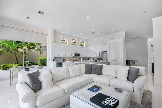 118 Bianca Drive, Palm Beach Gardens, FL 33418 (MLS #RX-10734444) :: Castelli Real Estate Services