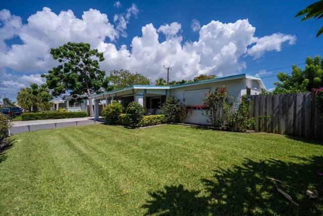 200 E 28th Street, Riviera Beach, FL 33404 (#RX-10734498) :: The Rizzuto Woodman Team