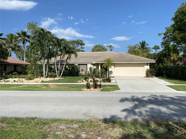 860 Citrus Place, Wellington, FL 33414 (MLS #RX-10734678) :: Dalton Wade Real Estate Group
