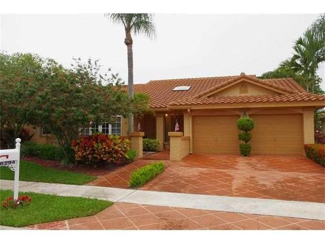 6294 Golf Villas Drive, Boynton Beach, FL 33437 (#RX-10734691) :: Dalton Wade