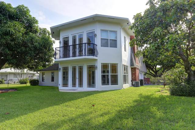 6 NE Little Harbor Way, Deerfield Beach, FL 33441 (#RX-10734695) :: Posh Properties