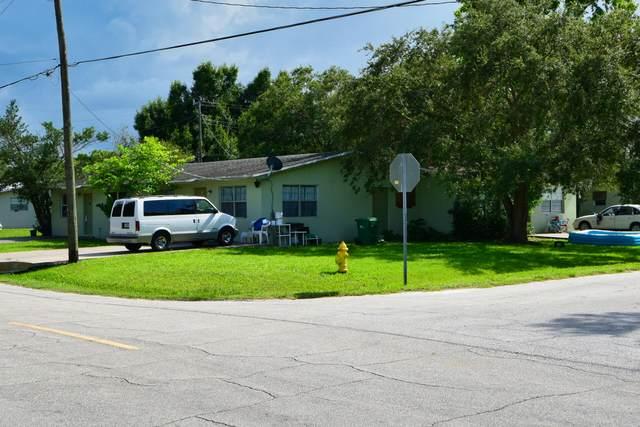 1101 NW 5th Street, Okeechobee, FL 34972 (#RX-10734952) :: The Rizzuto Woodman Team