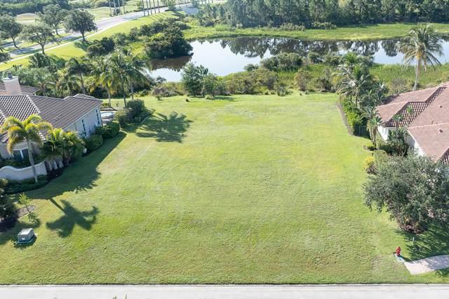 104 SE Rio Casarano, Port Saint Lucie, FL 34984 (#RX-10734985) :: Treasure Property Group