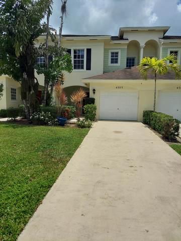 4305 Emerald Vis, Lake Worth, FL 33461 (MLS #RX-10735037) :: United Realty Group