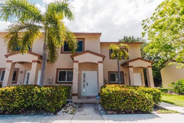 1920 Lakeview Drive W, Royal Palm Beach, FL 33411 (#RX-10735055) :: Posh Properties