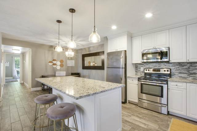 501 Dotterel Road 27C, Delray Beach, FL 33444 (MLS #RX-10735254) :: Berkshire Hathaway HomeServices EWM Realty