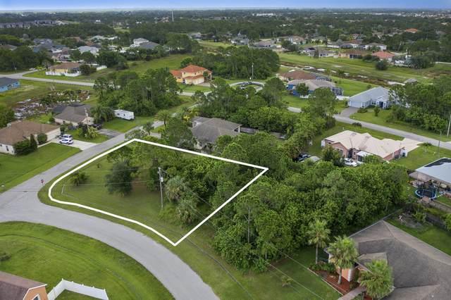 5632 NW Croton Avenue, Port Saint Lucie, FL 34986 (#RX-10735467) :: The Reynolds Team | Compass