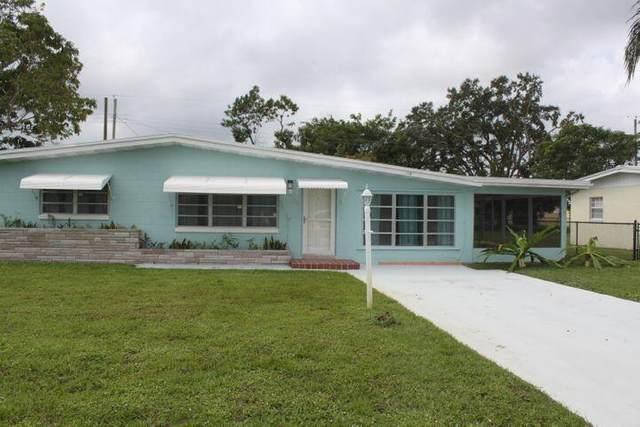 118 NE Entrada Avenue, Port Saint Lucie, FL 34952 (#RX-10735804) :: Heather Towe | Keller Williams Jupiter