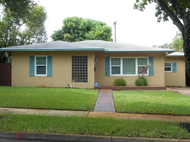 800 Avon Road, West Palm Beach, FL 33401 (#RX-10735991) :: Ryan Jennings Group