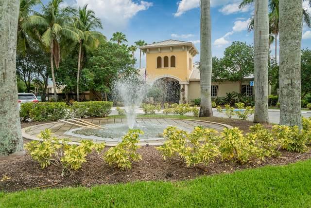 200 Crest Wood Court N #204, West Palm Beach, FL 33411 (#RX-10736036) :: Treasure Property Group