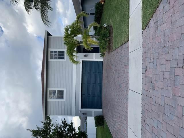 518 Lucky Lane, Delray Beach, FL 33444 (#RX-10736075) :: Treasure Property Group