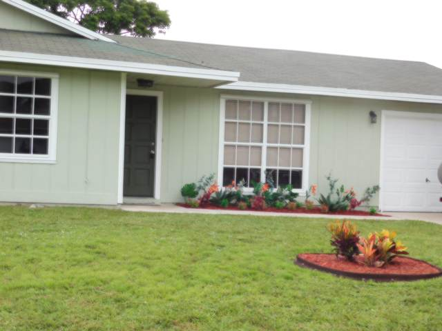 1601 SW Andalusia Road, Port Saint Lucie, FL 34953 (#RX-10736085) :: Treasure Property Group