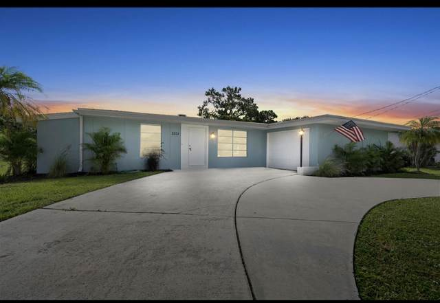 3331 SE Monte Vista Street, Port Saint Lucie, FL 34952 (#RX-10736121) :: Ryan Jennings Group