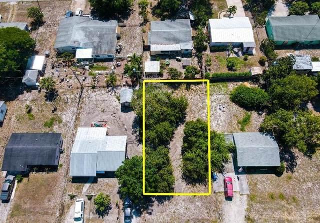 2424 2nd Court SE, Vero Beach, FL 32962 (MLS #RX-10736925) :: Castelli Real Estate Services