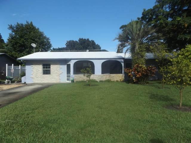 1301 SE Sandpiper Lane, Stuart, FL 34996 (#RX-10737026) :: The Reynolds Team   Compass