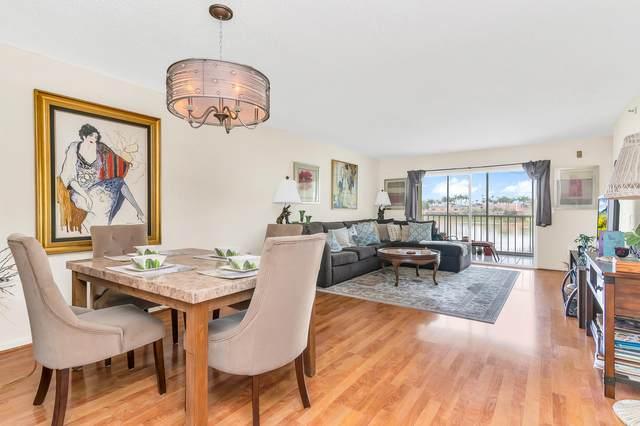 6112 Huntwick Terrace #208, Delray Beach, FL 33484 (#RX-10738932) :: Michael Kaufman Real Estate