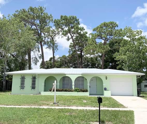 449 NE Electra Avenue, Port Saint Lucie, FL 34983 (#RX-10739834) :: The Reynolds Team | Compass