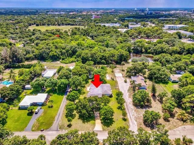 11183 Monet Lane, Palm Beach Gardens, FL 33410 (#RX-10740399) :: Michael Kaufman Real Estate