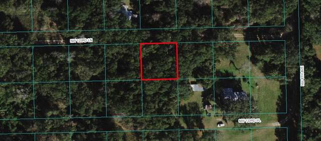 007 NW Nw 123rd Lane, Ocala, FL 34482 (MLS #RX-10741715) :: Castelli Real Estate Services