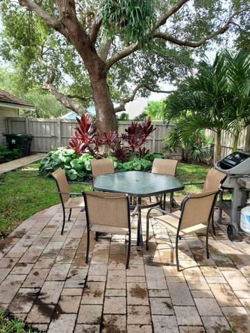 388 Park Forest Way, Wellington, FL 33414 (MLS #RX-10741880) :: Berkshire Hathaway HomeServices EWM Realty
