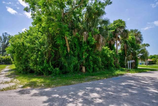 0 SE Iris Street, Stuart, FL 34997 (#RX-10742350) :: Baron Real Estate